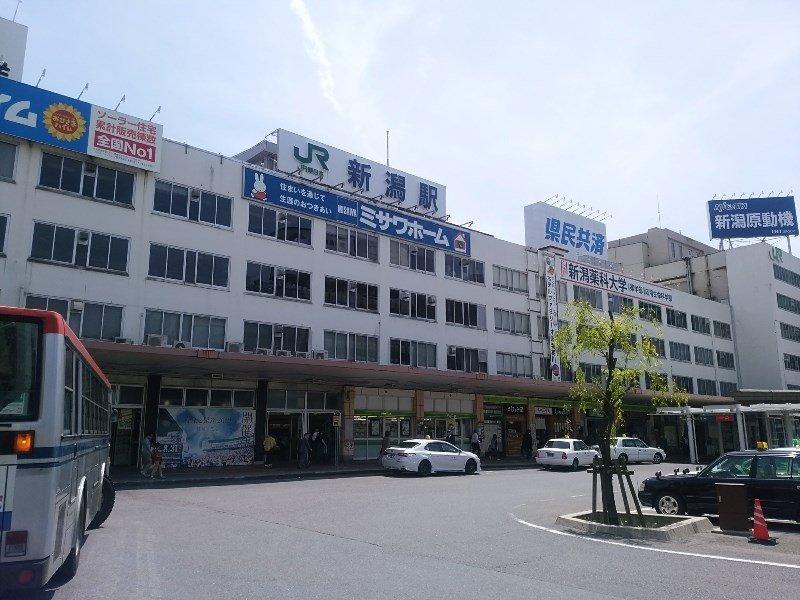 新潟駅前(万代)