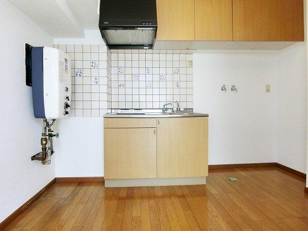 キッチン(賃貸入居前)